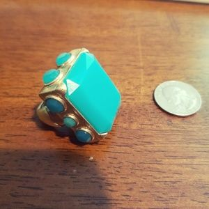 💍 NWOT Faux Turquoise Stretch Statement Ring 💍